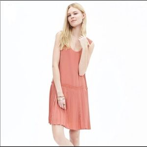 BANANA REPUBLIC Pink Pleated Drop Waist Dress